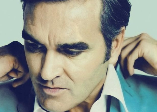 Watch Morrissey on the Colbert Report: forces the whole show to go vegetarian, suicidal pigs