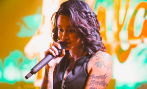 "Kehlani is ""healthy, home and with ppl who love me"" following suicide attempt"