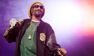 Snoop Dogg wants to buy the legendary Roscoe's Chicken & Waffles