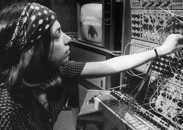 Suzanne Ciani's 1975 Buchla Concerts to be released by Finders Keepers
