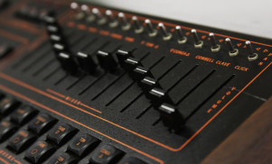 This free sample pack recreates Prince's trademark drum machine sound