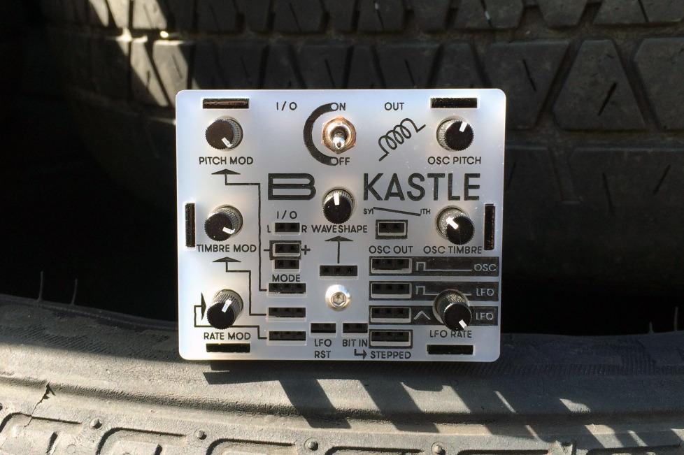 bastl-kastle-front-101016
