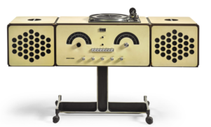"""David Bowie's """"musical pet"""" turntable sells for £257k"""