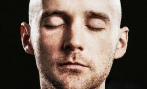 """Moby recalls time Aphex Twin called him """"a buffoon,"""" says """"hard to like"""" his music ever since"""