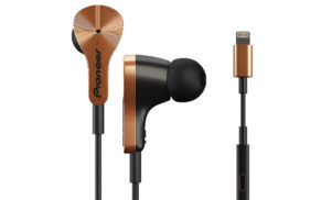Pioneer's new Lightning headphones charge your iPhone while you listen to music