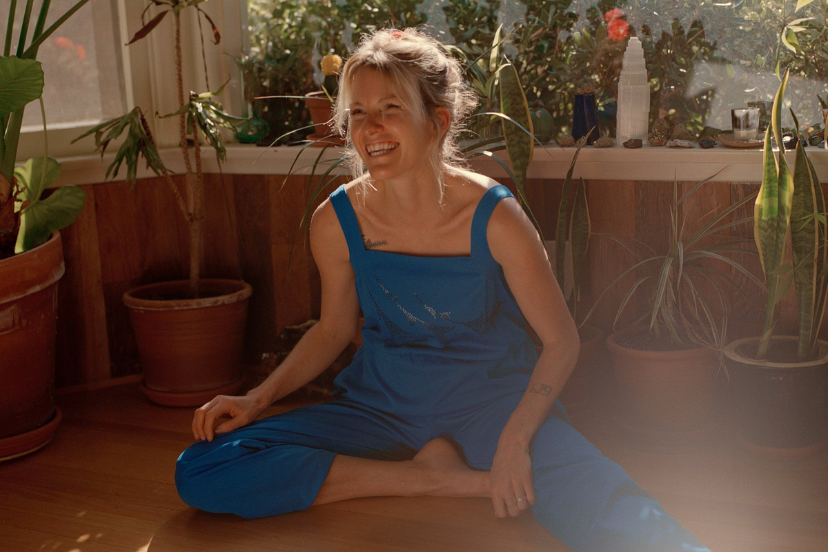Kaitlyn Aurelia Smith Makes Meditation Music For Her Mother On Tides